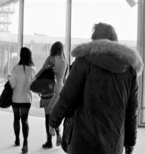 2019-04-26 L'Amour Eest Un Crime Parfait-NB1