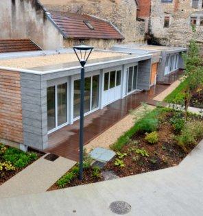 Les anciens préaux de l'école primaire transformés en appartements ©Alexane Alfaro